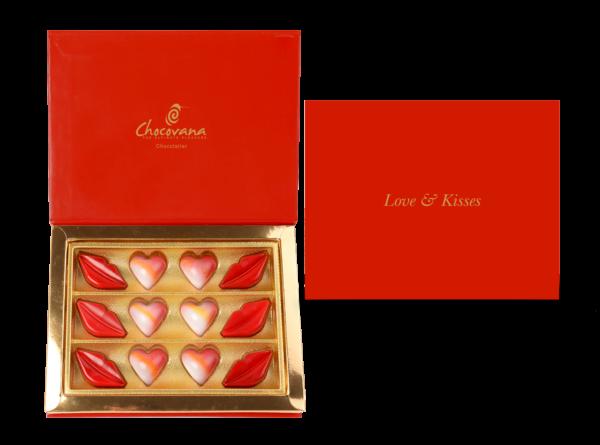 Love&kisses 12 Pc 900x667 8245